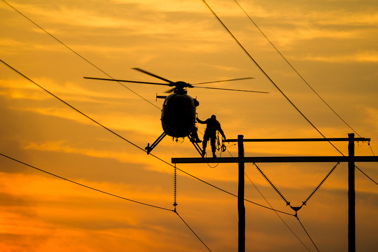 Philadelphia Transmission Line Helicopter Services